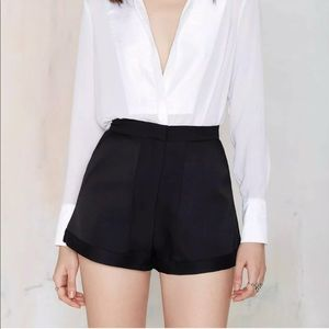 Nasty Gal Cameo Black High-Waisted Short Size M